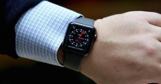 Apple Watch четвертого поколения получат новый дизайн иувеличенный экран
